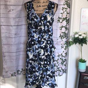❤️ Any 2 items for $30 Apt. 9 ruffle dress